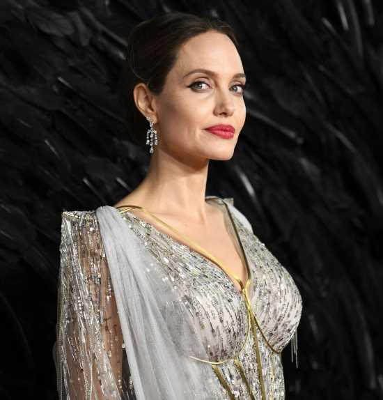Angelina Jolie is the 'godmother' to Women for Bees & she's a bee activist now