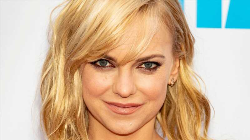 Anna Faris Reveals She Felt Guilt After Her Son's Premature Birth