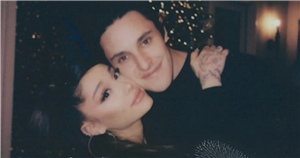 Ariana Grande's stunning diamond engagement ring has a huge price tag attached