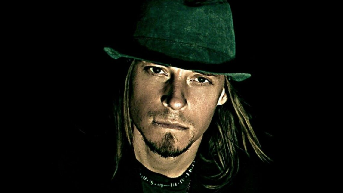 Former Puddle of Mudd Guitarist Sues Florida Hospital Officials for Medical Malpractice