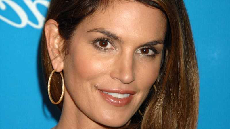 How Much Is Cindy Crawford Worth?