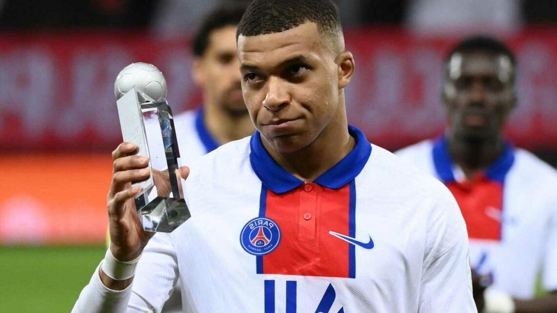 Kylian Mbappe in urgent transfer talks with PSG over future with Real Madrid interest after Ligue 1 title flop