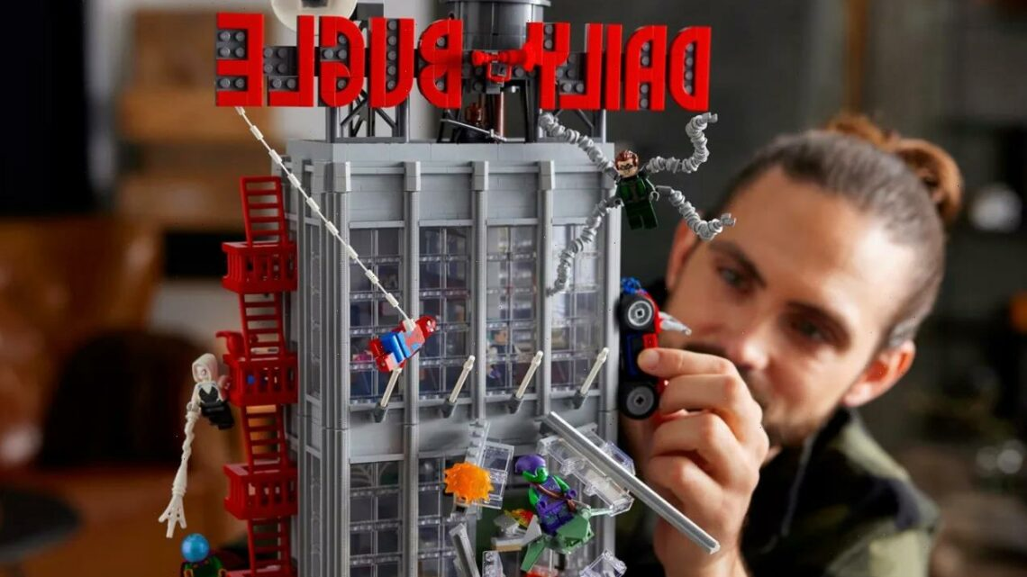 Lego debuts tallest Marvel set — Spider-Man's Daily Bugle Building