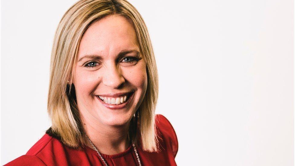 Lisa Shaw dead: 'Brilliant' BBC presenter and mum dies aged 44 after short illness