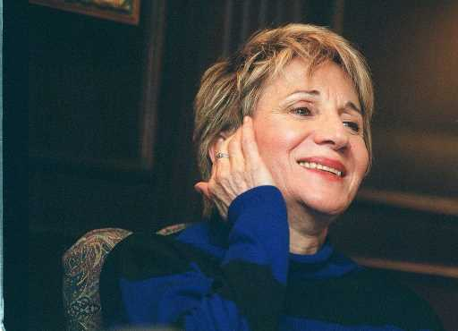 Olympia Dukakis, Oscar-Winning 'Moonstruck' Actress, Dead at 89