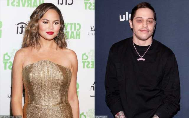 Pete Davidson Shades Chrissy Teigen on 'Saturday Night Live' Amid Her Cyber-Bullying Scandal