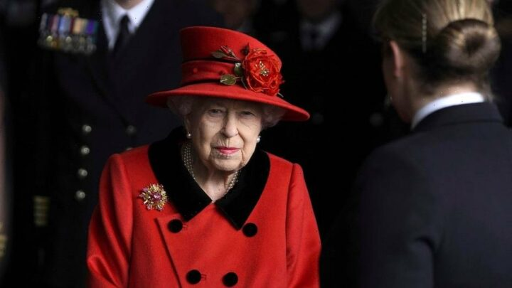 Queen Elizabeth pays tribute to Prince Philip while visiting navy carrier