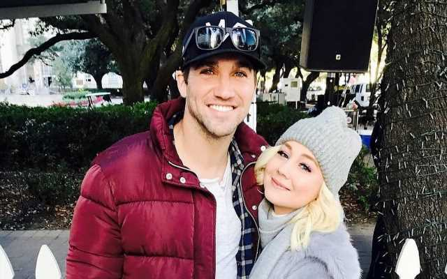 RaeLynn Expecting Baby Girl With Husband