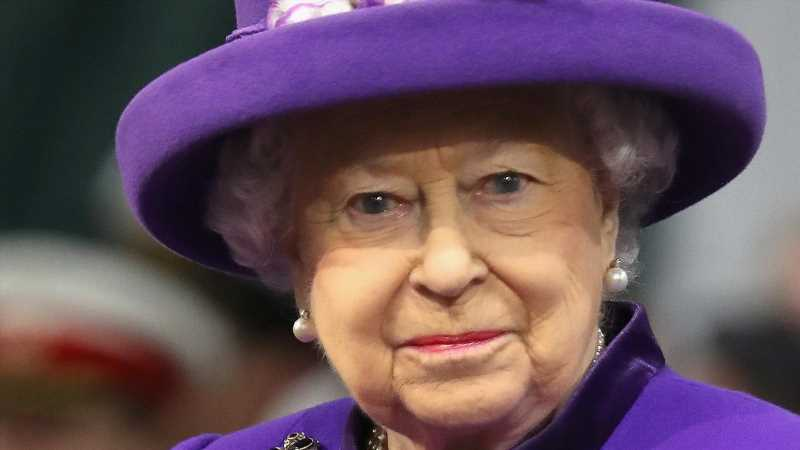 The Truth About The Attempts To Assassinate Queen Elizabeth