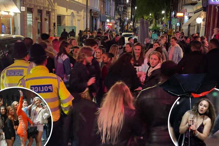 Thirsty punters hit the town for first Friday night of indoor bars reopening after months of drinking outside
