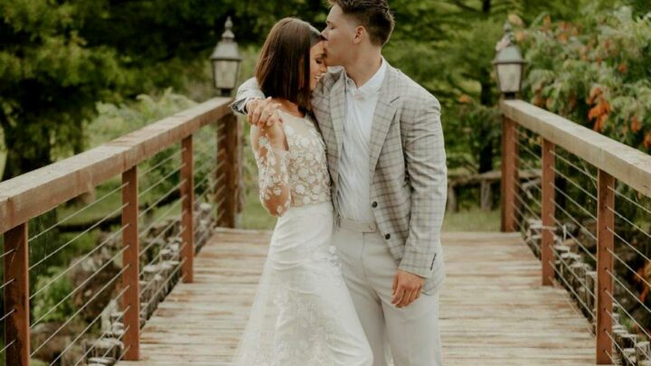 'Duck Dynasty' Star Bella Robertson Marries Jacob Mayo Seven Months After Getting Engaged