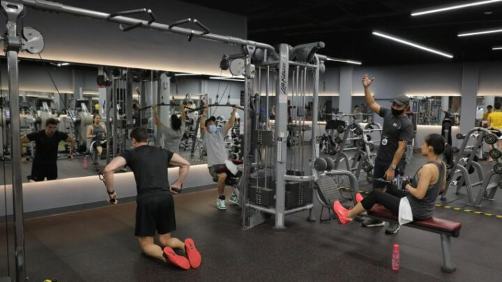 Gyms, fitness studios in S'pore come to life again as businesses adopt extra Covid-19 measures