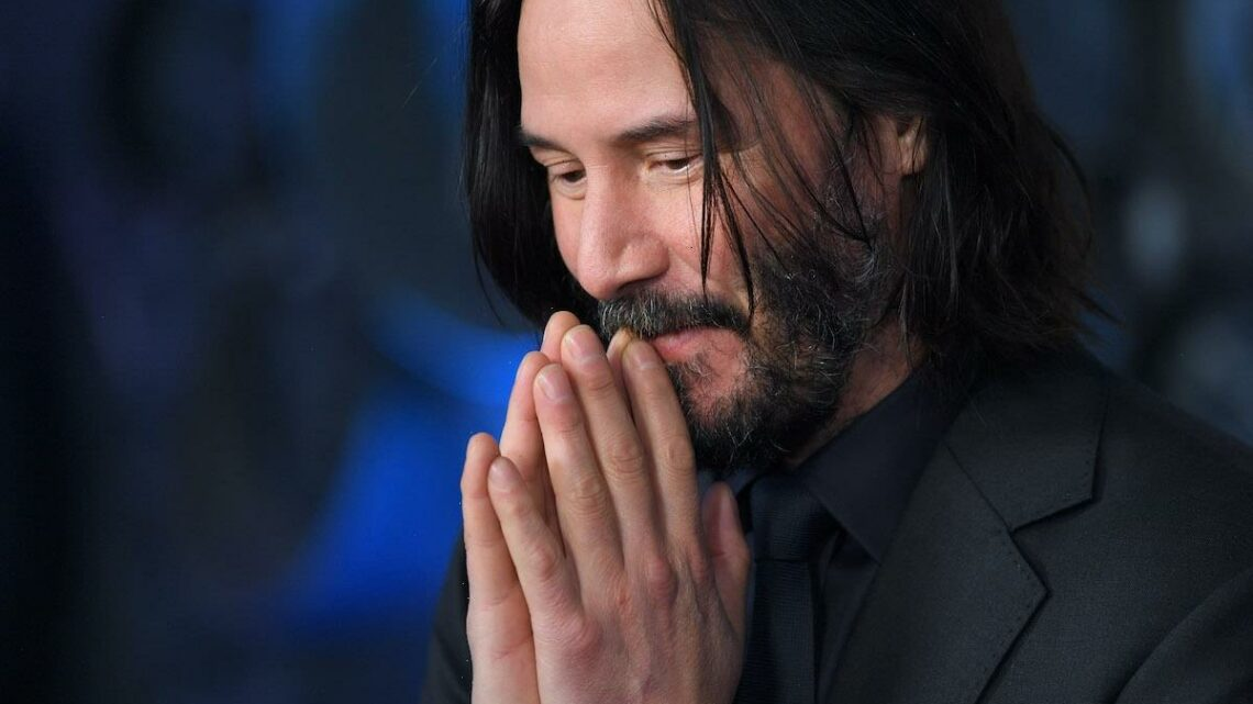 Keanu Reeves Lacked 'Swagger and Confidence' of Other Stars, Fan Said