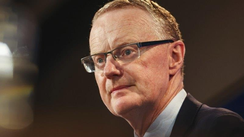RBA warns banks to maintain lending standards as wages growth struggles