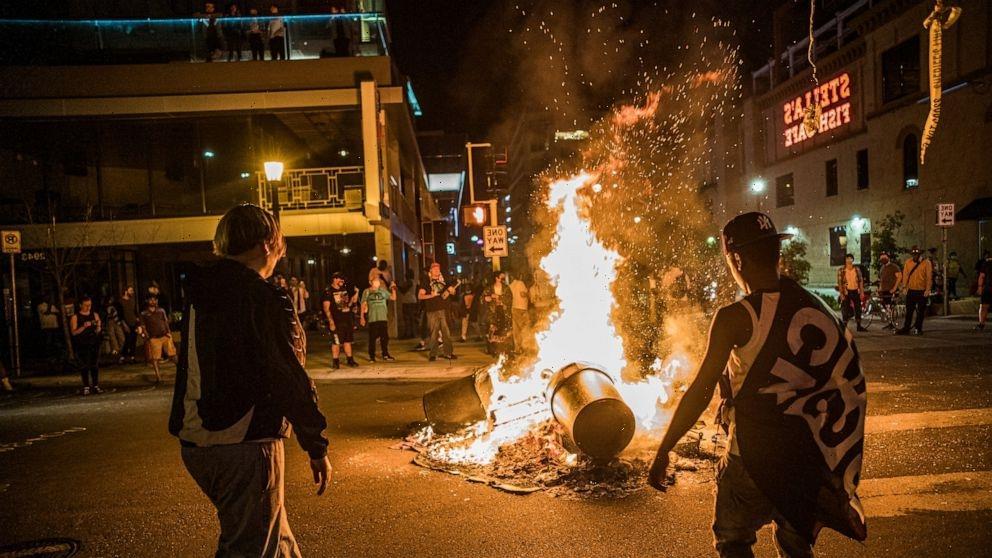 Unrest erupts after man dies in Minneapolis arrest attempt