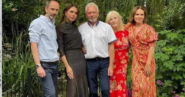 Victoria Beckham celebrates parents 50th anniversary in picture with rarely seen brother