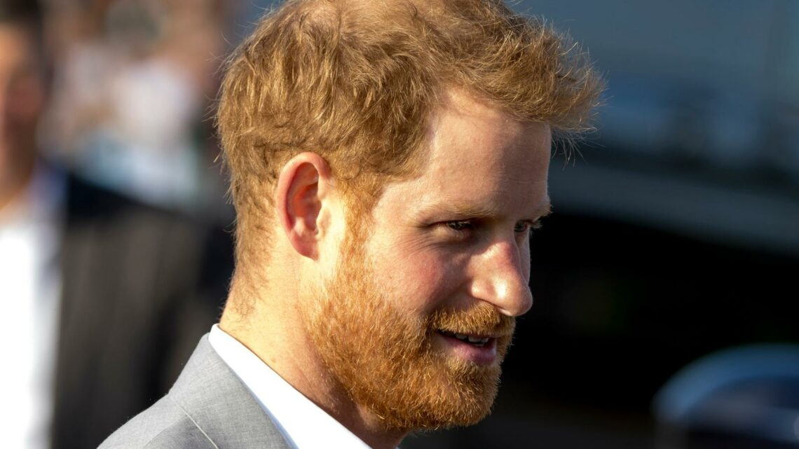 Why A Royal Expert Says Prince Harry Should Stay Home For The Unveiling Of Princess Diana's Statue