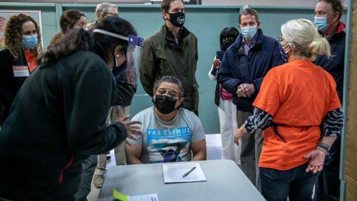 30 percent of illegal immigrants in border facilities refused COVID vaccine: report