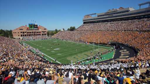 CU Buffs, CSU Rams failing to win Colorado's top football prospects