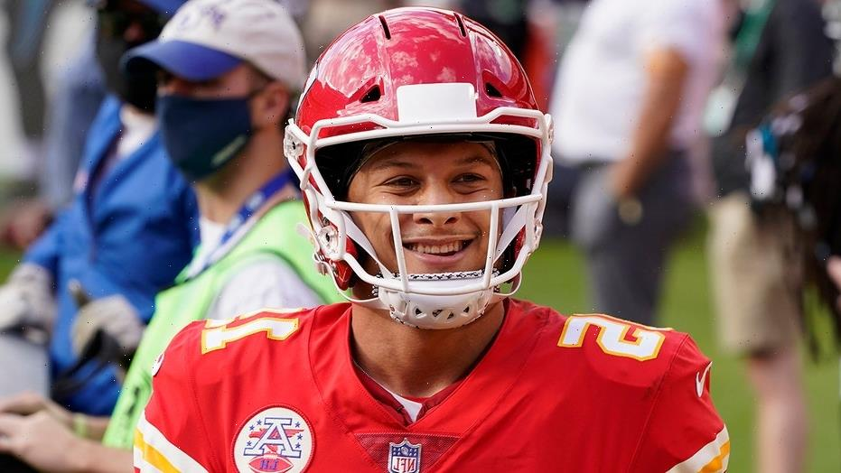 Chiefs' Patrick Mahomes says it's 'ridiculous' Sha'Carri Richardson was left off US Olympic roster