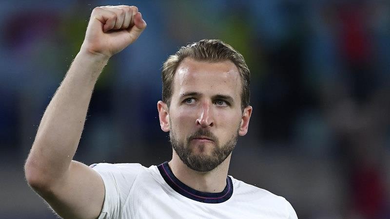 England cruise past Ukraine into Euro semis