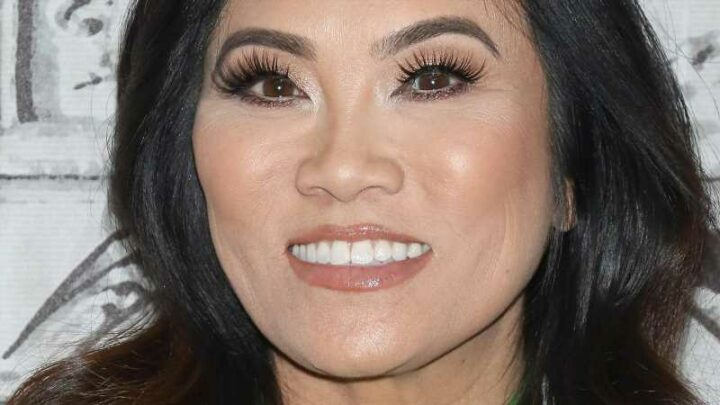 Here's How Much Dr. Pimple Popper Is Really Worth