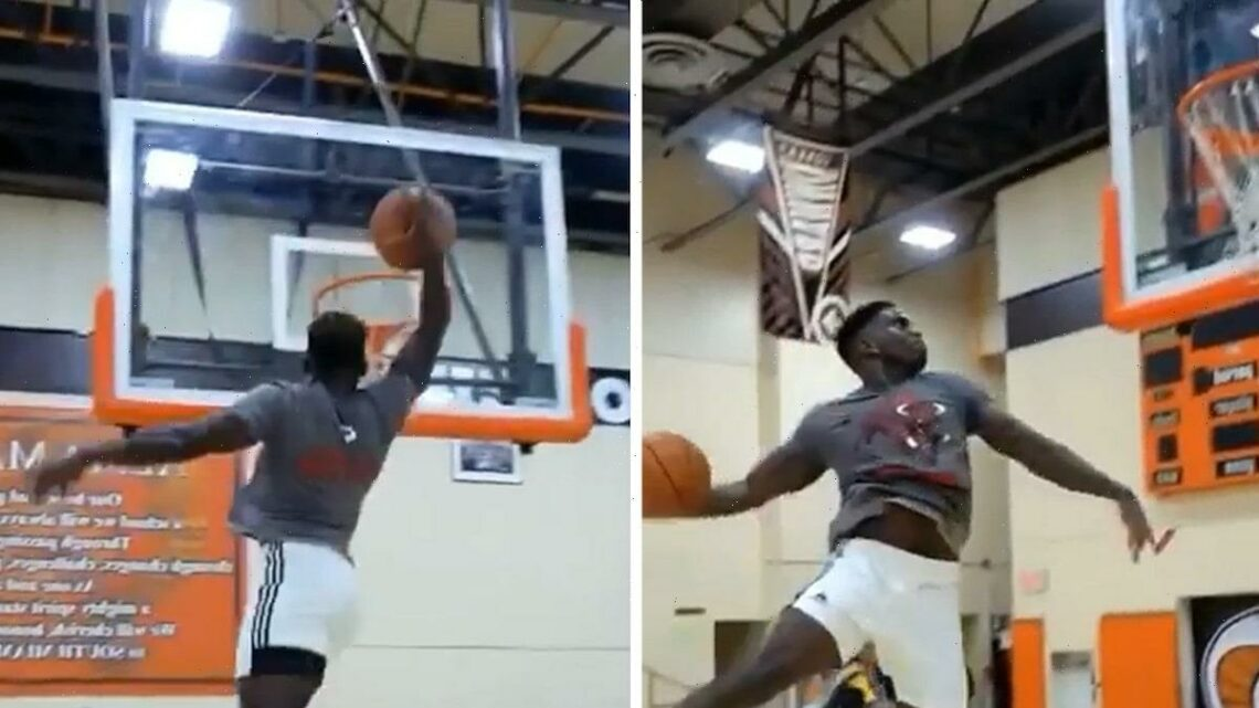 NFL's Tyreek Hill Hits Wild 360 & Windmill Dunks In Crazy Jam Session!!
