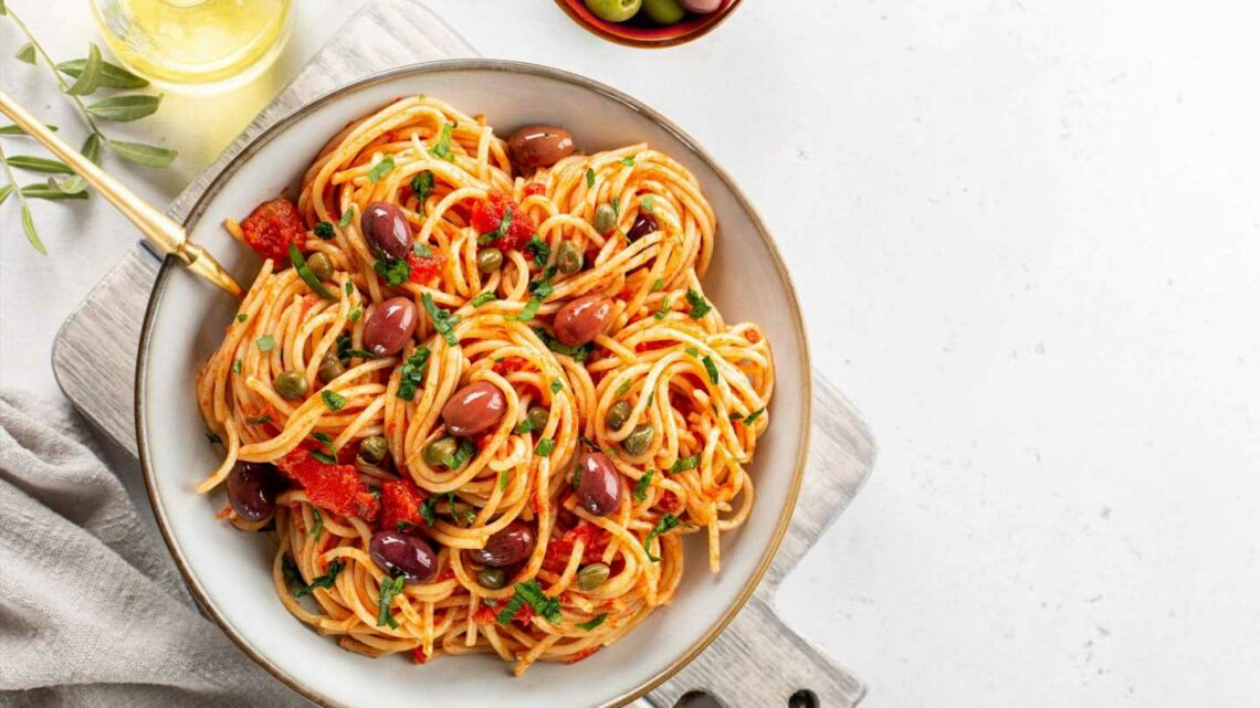 Puttanesca pasta sauce recipe – batch cooking ideas