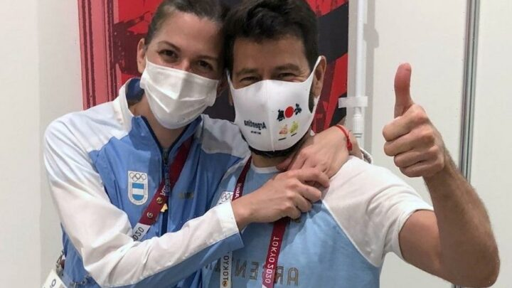 Tokyo 2020: Argentine fencer accepts marriage proposal from coach during interview after losing Olympics bout