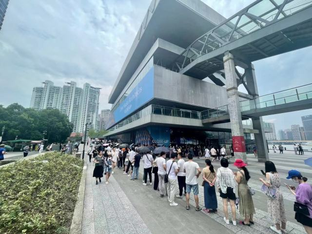 Zaha Hadid Architects Exhibition to Have Three Satellite Events