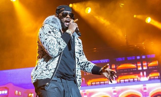 Accuser to take stand on day two of R. Kelly's trial