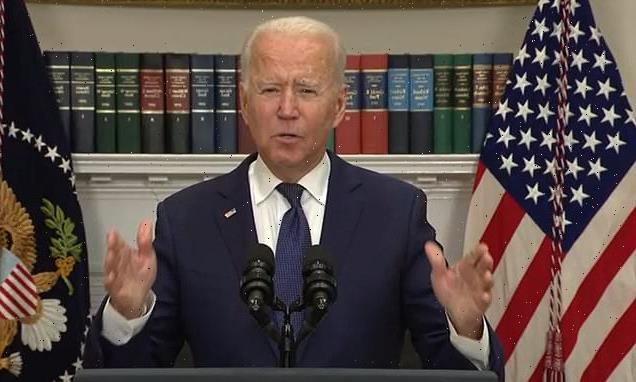 Biden delivers remarks on Afghanistan as panic grips Kabul airport