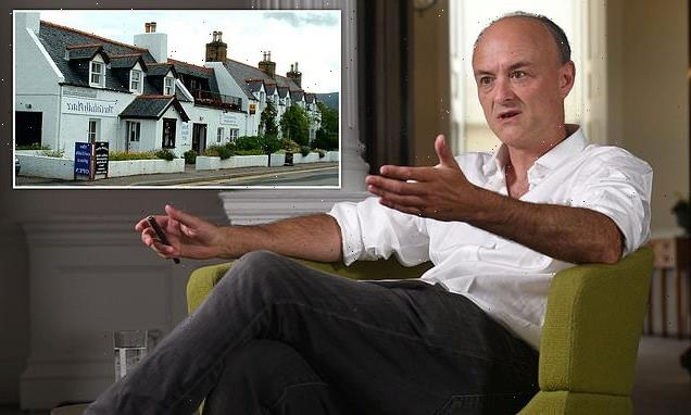Dominic Cummings had a 'three-hour debate' with waiters on holiday