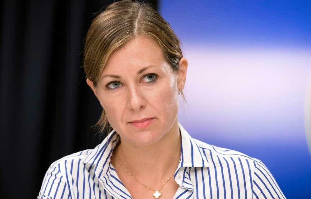 Governor Cuomo's top aide Melissa DeRosa resigns