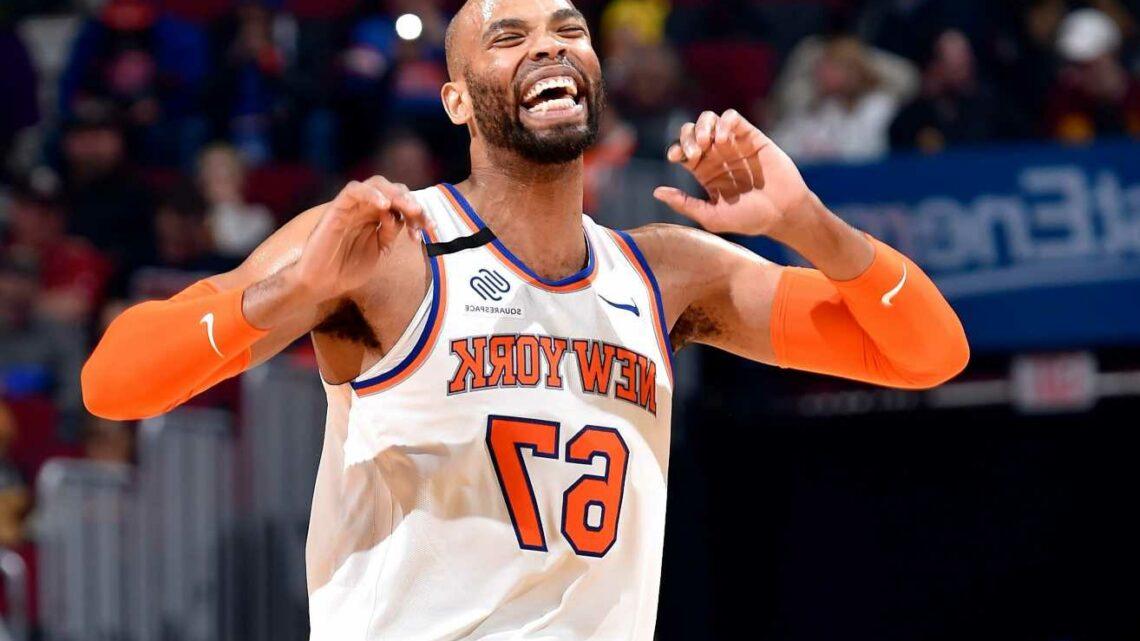 Knicks bring back Taj Gibson in free agency