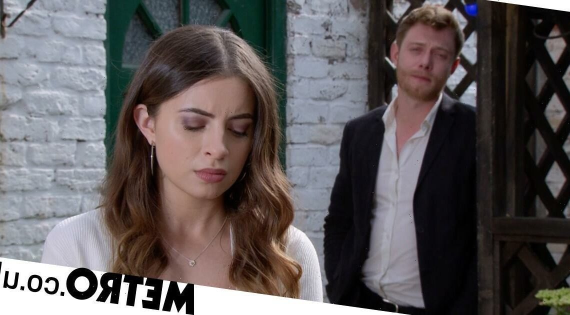 New Corrie video reveals Daisy destroyed by a devastating death tragedy