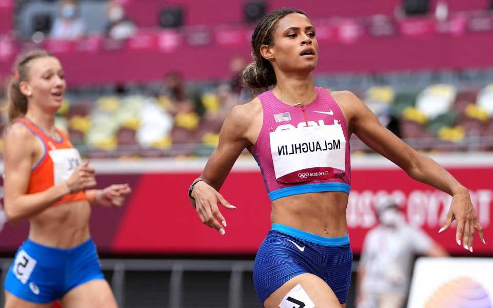 Sydney McLaughlin wins gold for US and sets world record in 400-meter hurdles