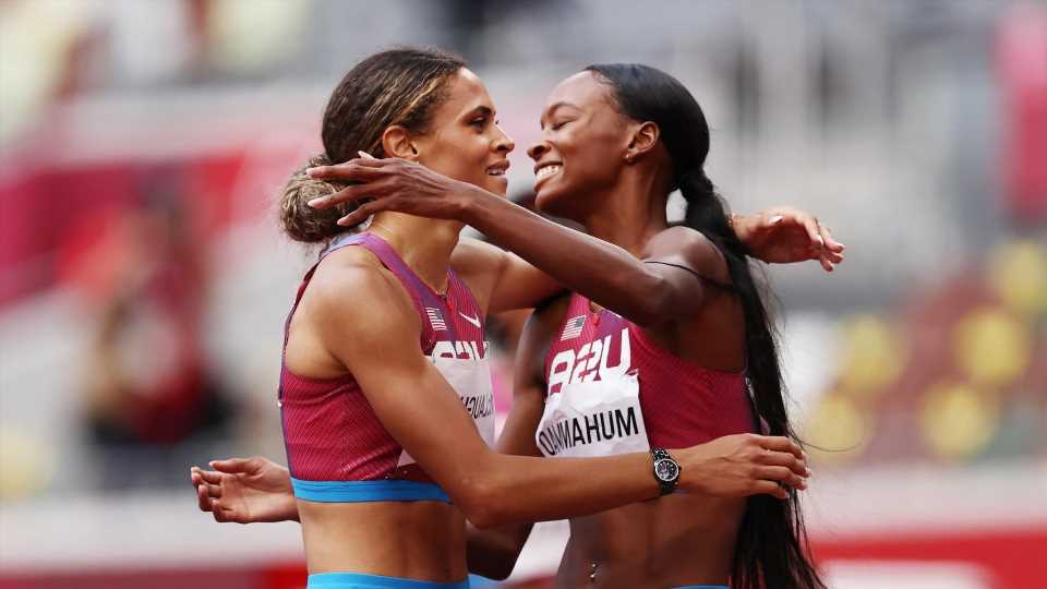 USA's Sydney McLaughlin, Dalilah Muhammad dominate women's 400m hurdles final in world-record time