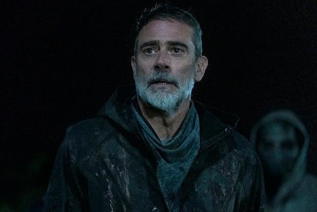 Walking Dead's Jeffrey Dean Morgan Sums Up Negan and Maggie's Face-Off in Final Season: He'll 'Have to Kill Her'