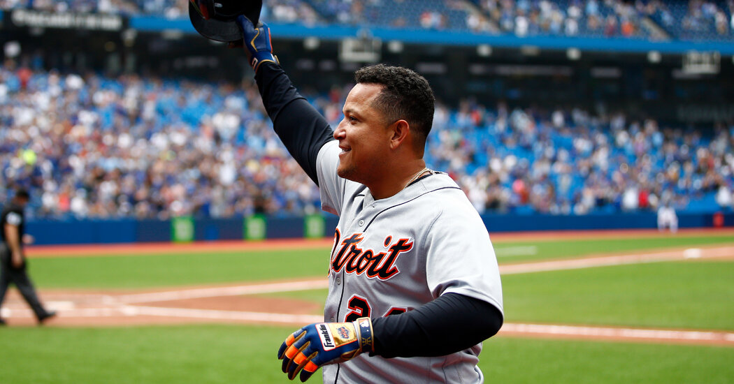 With 500th Homer, Cabrera Joins a Club That's Getting More Exclusive
