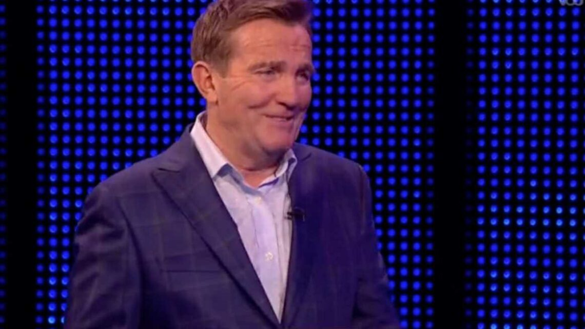 Bradley Walsh in fits at The Chase contestant's 'brain fart' response to Coronation Street question