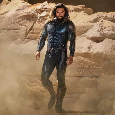 Fans love Jason Momoa's new midnight blue Aquaman stealth suit
