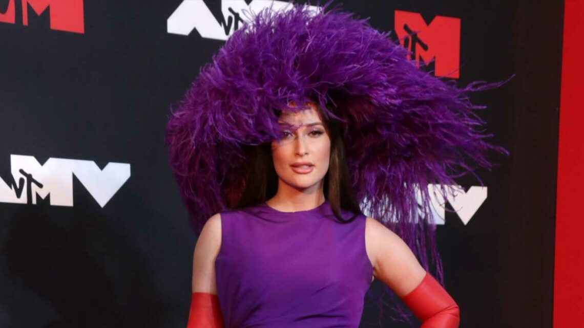 Fashion hits and misses from the 2021 MTV Video Music Awards