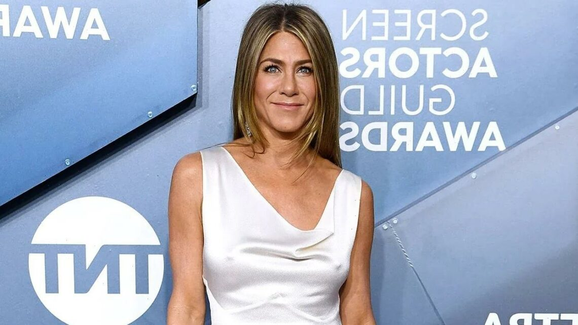Jennifer Aniston Is 'Ready' for a Relationship — But Won't Use Dating Apps