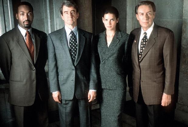 Law & Order: NBC Revives Original Flagship Series, Orders Season 21 a Decade After Abrupt Cancellation