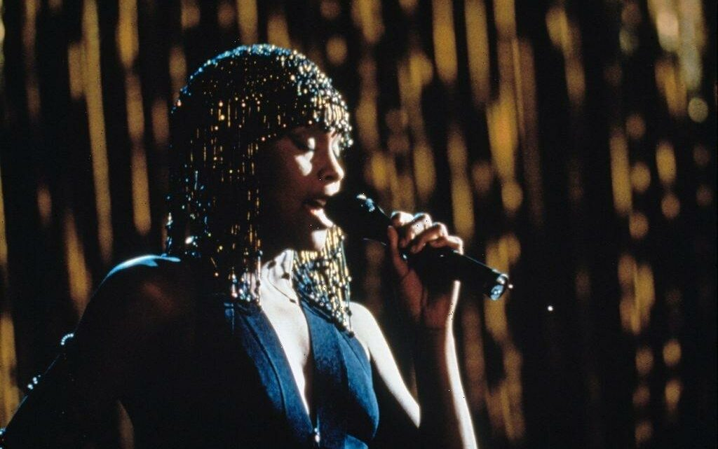 'The Bodyguard' Remake Is in the Works 30 Years After Whitney Houston's Debut