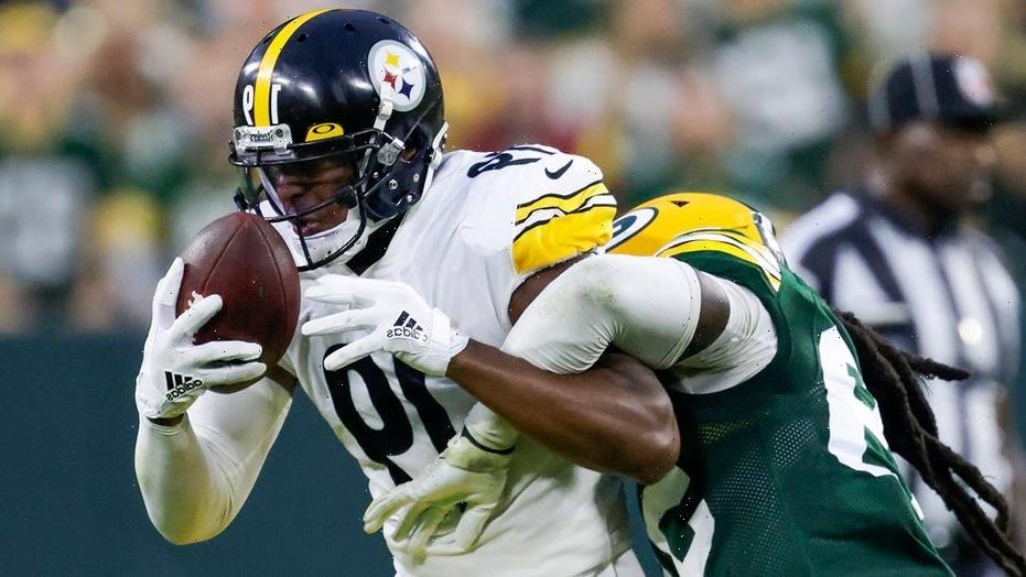 Steelers' JuJu Smith-Schuster explains slamming tablet on sidelines